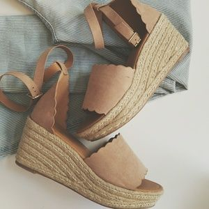 Shoes - Scalloped Wedges